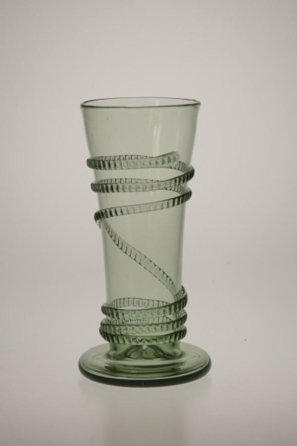 Flétna s rádlovou spinou - Lesní sklo