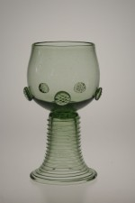 Sada džbánu a dvou kulatých římanů - Lesní sklo