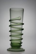 Sada karafy a šesti renesančních číší - Lesní sklo