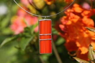 Červenooranžový šperk - Lesní sklo