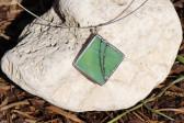 Šperk zelený zdobený - Lesní sklo