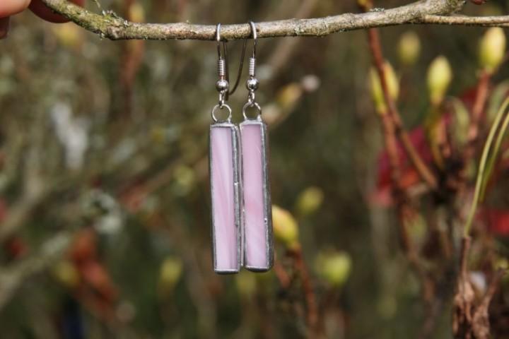 Náušnice růžové dlouhé - Lesní sklo