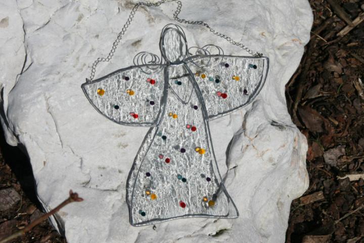 Anděl s puntíky - Lesní sklo