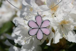 Kytička růžová - Lesní sklo