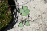 Náušnice srdíčka zelená - Lesní sklo