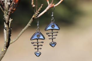 Modrá rybička s patinou - Lesní sklo