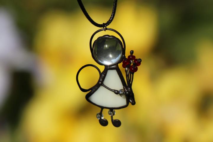 Andílek s červenou kytičkou - Lesní sklo