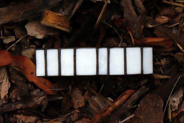 Spona bílo - černá rovná  extra velká - Lesní sklo
