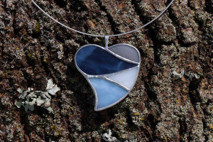 Srdce ze zimních barev - Lesní sklo