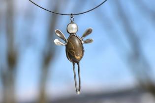 Andílek z kamínku - Lesní sklo