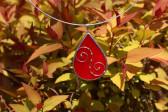 Šperk - kapka červená zdobená - Lesní sklo